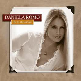 Es La Nostalgia 2005 Daniela Romo