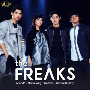Bahagia Dengan Cinta dari The Freaks