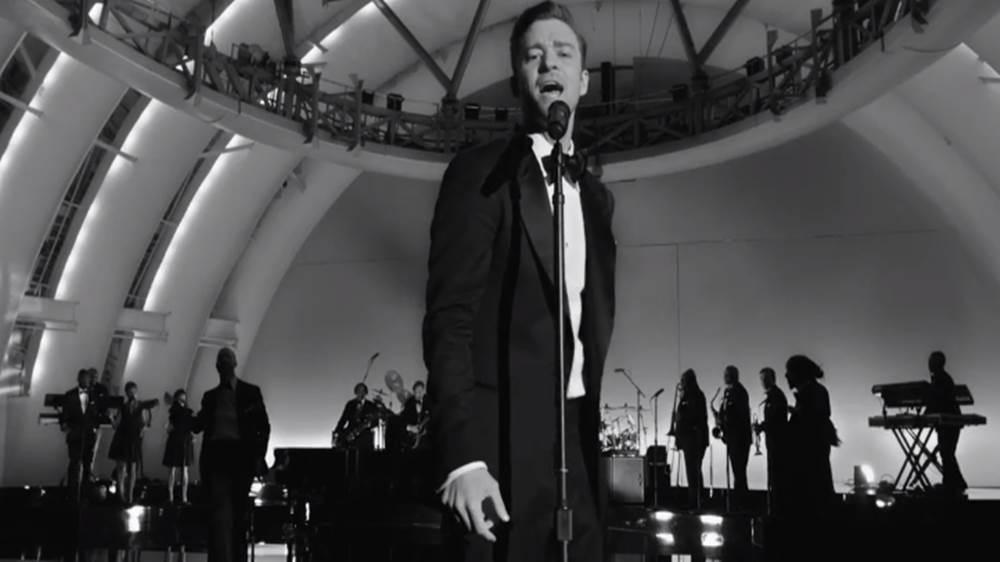 Suit & Tie [MV]