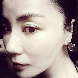 """偶遇 (電影""""邪不壓正""""宣傳曲) 2018 王菲"""