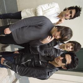 Antichambre 2007 Naast