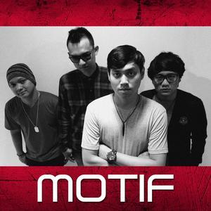 Tanggal 1 Bulan 2 dari Motif Band