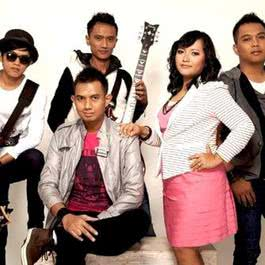 Download song Merpati with list Albums