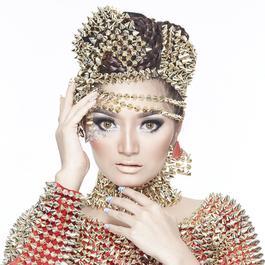 Download Lagu Siti Badriah beserta daftar Albumnya