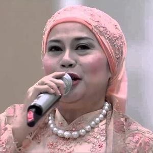 Dewi Yull