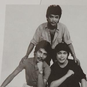 Trio Ambisi