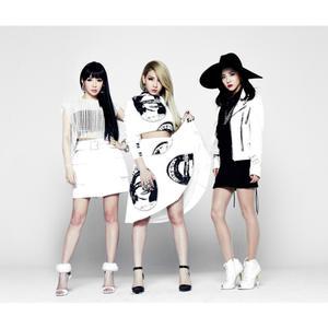 2NE1 ดาวน์โหลดและฟังเพลงฮิตจาก 2NE1