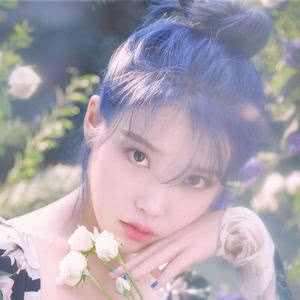 eight(Prod.&Feat. SUGA of BTS) IU, SUGA